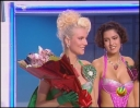 Natacha bekommt in der Sendung Blumen von einem heimlichen Verehrer!